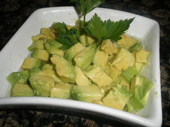 Салат с авокадо фото